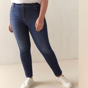 NWT LEVIS / 721 HIGH RISE SKINNY JEANS